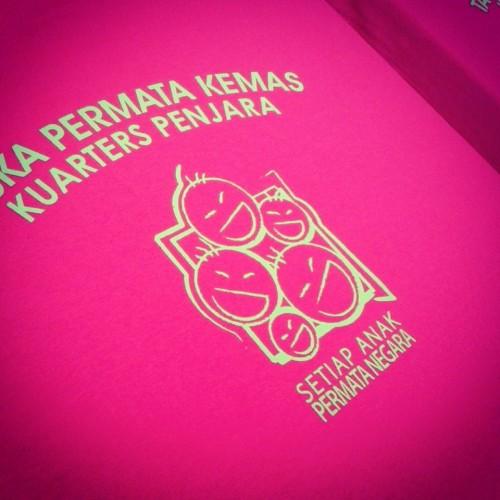 t-shirt taska